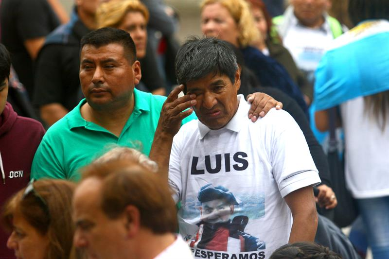 """""""¡Búsqueda y rescate!"""": familiares de la tripulación del ARA San Juan protestan"""