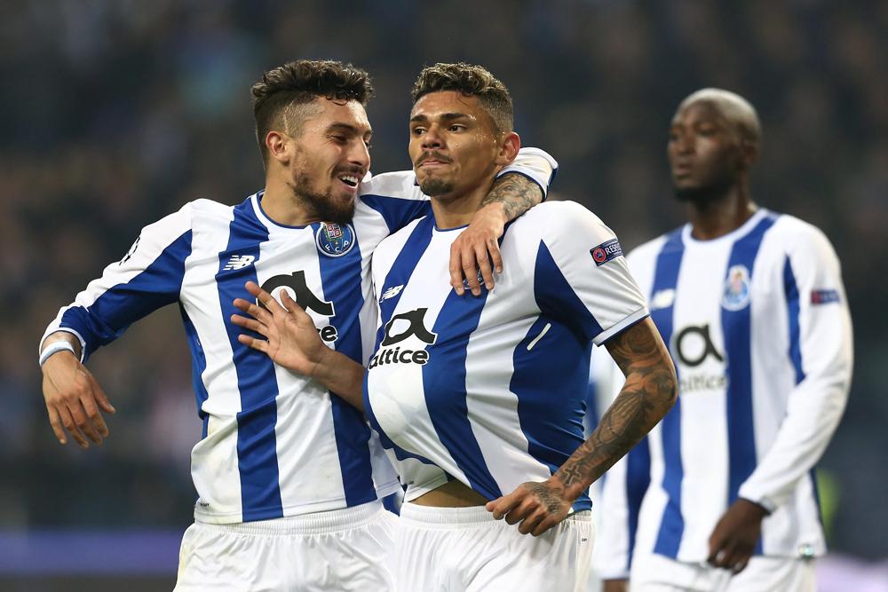 Avanza el Porto en Champions League con ayuda de mexicanos