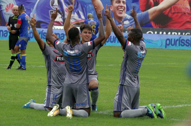 Emelec no deja dudas ante Delfín y gana su título número 14 en el fútbol de Ecuador