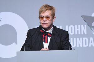 Elton John decepcionado con la música del Rey León