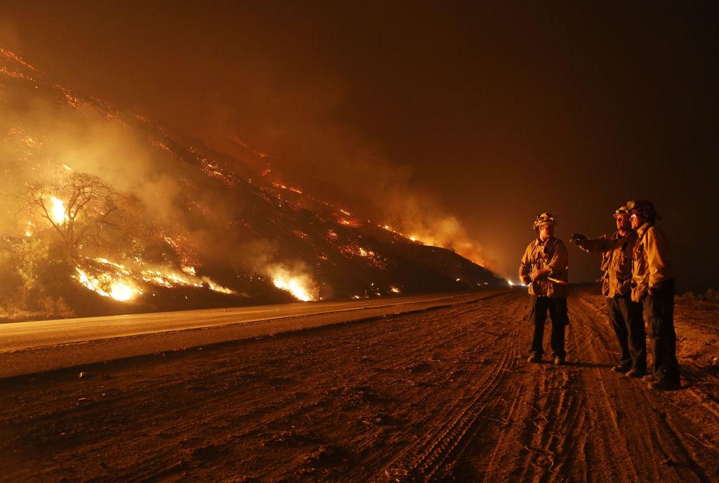 Incendios del sur de California: suman cerca de 200,000 evacuados