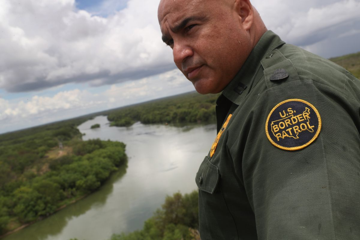 Chanclazos y críticas para el discurso de Trump desde la frontera de Estados Unidos