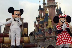 Disney compra la mayor parte de Fox por 52,400 millones de dólares