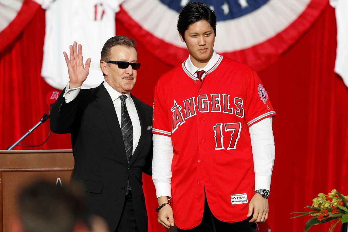 Los Angels presentan al 'Babe Ruth de Japón' Shohei Ohtani con todo y alfombra roja