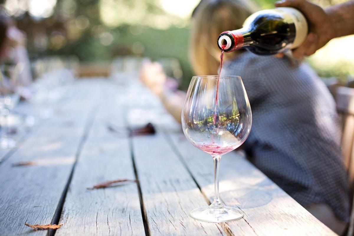 ¿Cuánto alcohol es bueno beber?