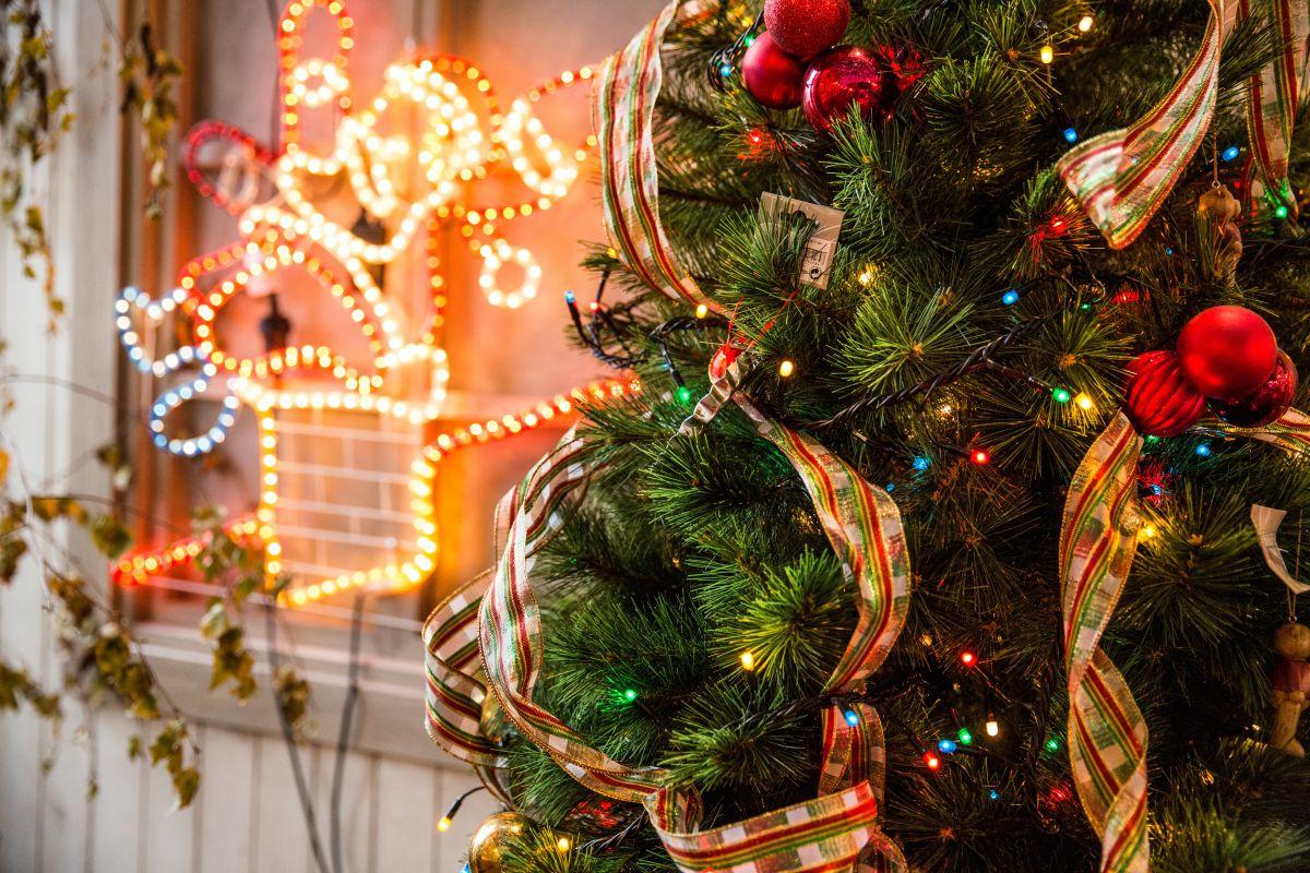 Navidad 2018: 4 estilos de árboles de navidad artificiales para que lo compres con tiempo y a buen precio