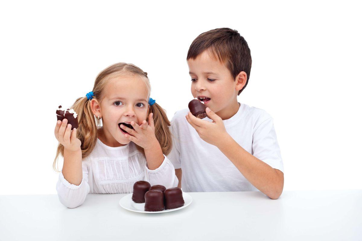 Aprende cómo reducir el consumo de azúcar en los niños