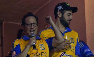Conoce a Patricia Maya, la guapa esposa mexicana de Rob Schneider que lo convirtió en fanático de los Tigres