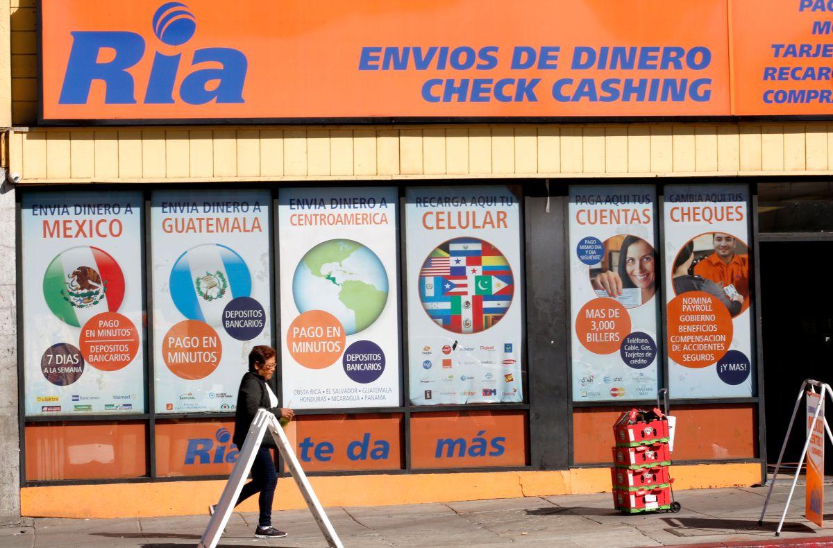 Envío de remesas de mexicanos en Estados Unidos caerán casi 20% por crisis