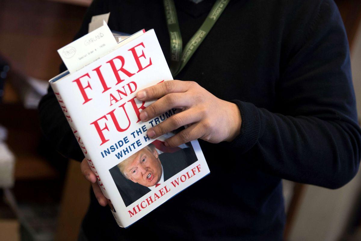 Polémico libro sobre Trump sale a la venta y rompe récords de venta