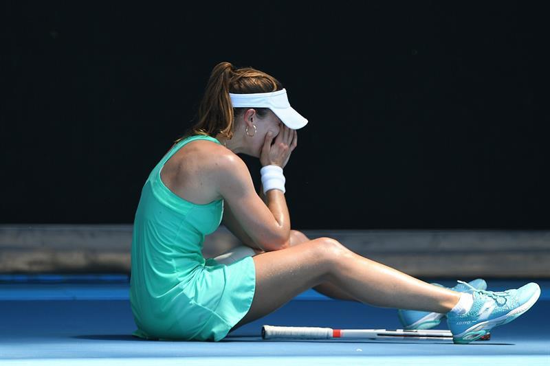 La tenista francesa Alizé Cornet se descompensó en el Abierto de Australia, por el extremo calor