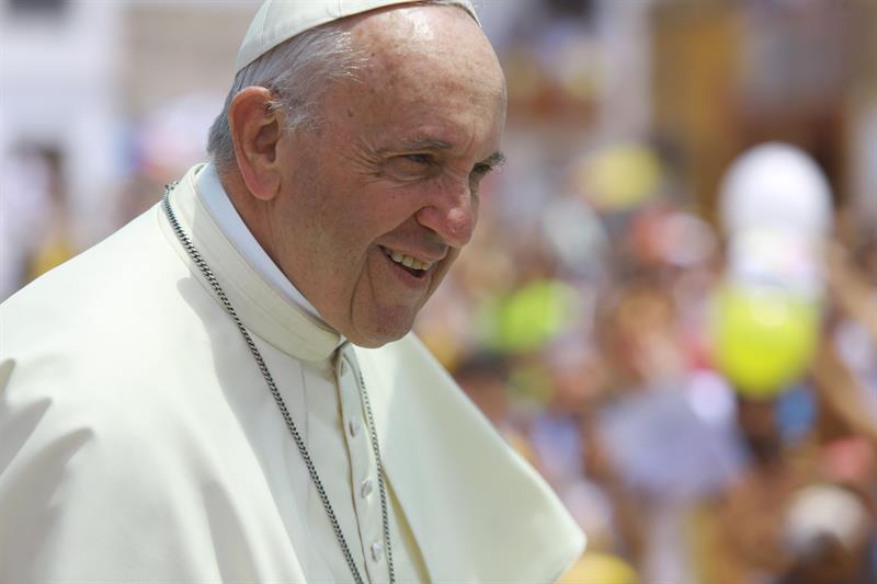 """Las monjas """"chismosas"""" son peores que """"terroristas"""", dijo el papa Francisco"""