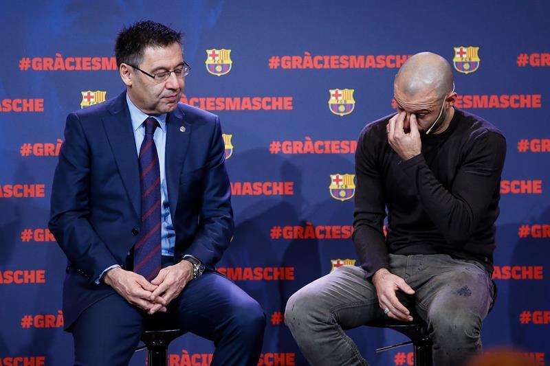 Javier Mascherano rompió en llanto en su homenaje de despedida