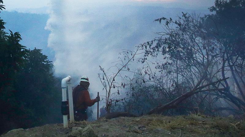 """El incendio """"Thomas"""" arrasó con más de 114 mil hectáreas en los condados de Ventura y Santa Bárbara."""