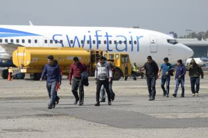 California rinde tributo a deportados mexicanos cuyo avión cayó hace 70 años