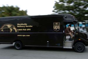 Desmantelan red de narcotráfico que usaba camiones de UPS para mover droga y dinero