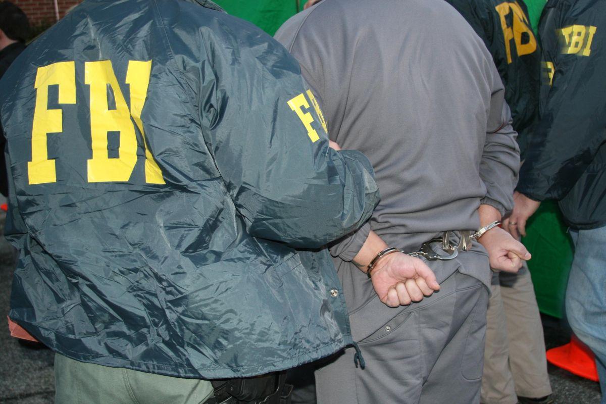 Arrestan a presunto miembro de ISIS en el condado de Sacramento