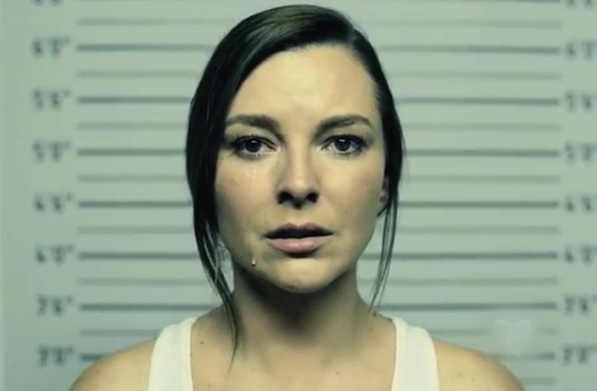 Video: Marjorie de Sousa aparece en la cárcel en promo de 'Al Otro Lado del Muro'