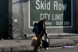 El impactante reflejo de la discriminación entre las familias sin hogar