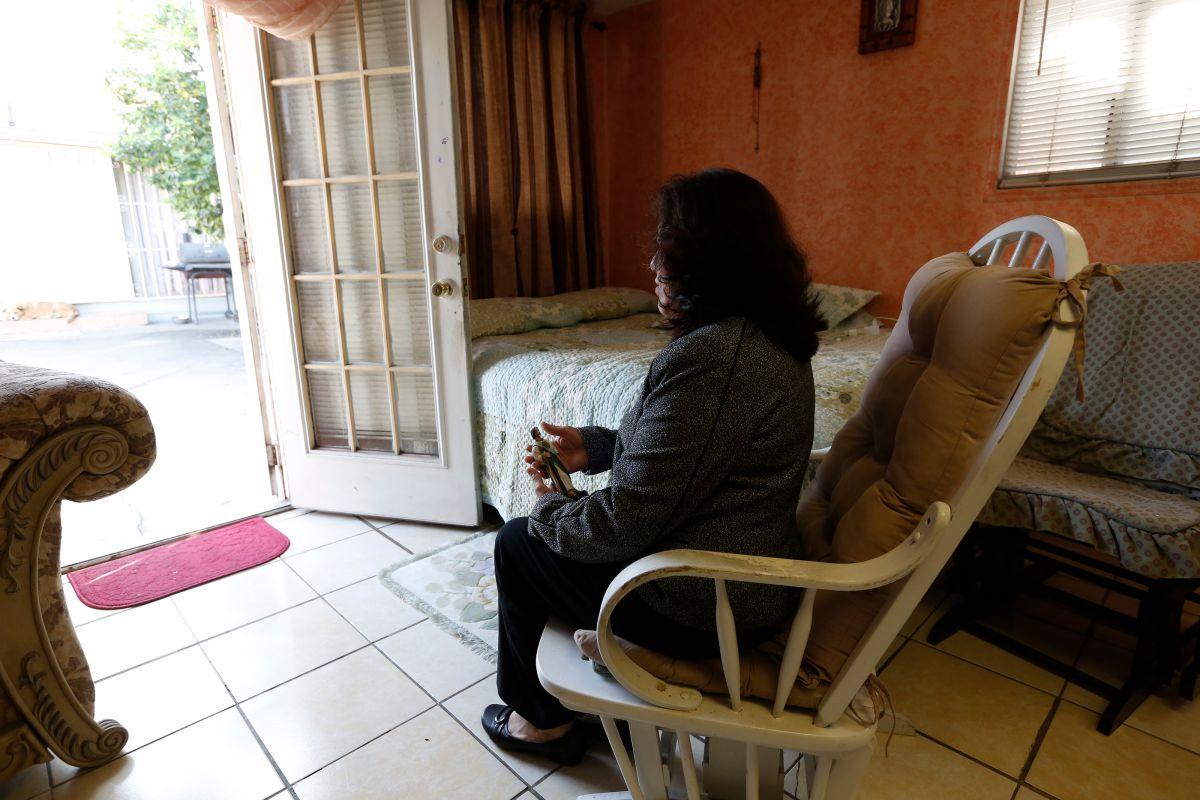 Juanita A. tiene hoy 53 años de edad y más de dos décadas de vivir en Estados Unidos. / Foto: Aurelia Ventura