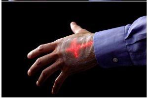 Crean pantalla LED que se adhiere al cuerpo