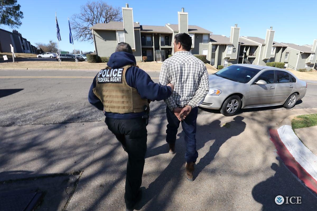 ICE aumenta esta clase de arrestos entre indocumentados
