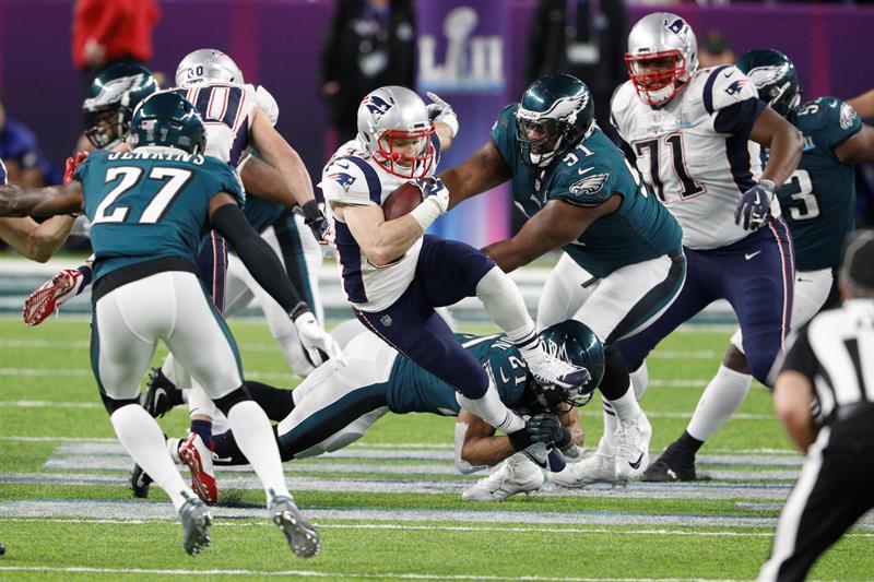 El juego entre los New England Patriots y los Philadelphia Eagles superó varios récords. (Foto: EFE/EPA/ERIK S. LESSER)