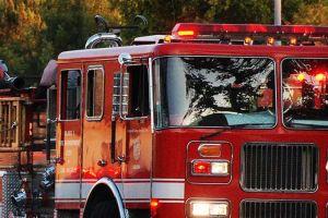 Investigan hallazgo de cadáver en carro incendiado en Garden Grove