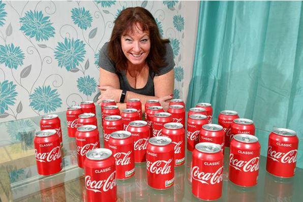 Bebió 30 latas de Coca Cola todos los días y 20 años después, esto le ocurrió
