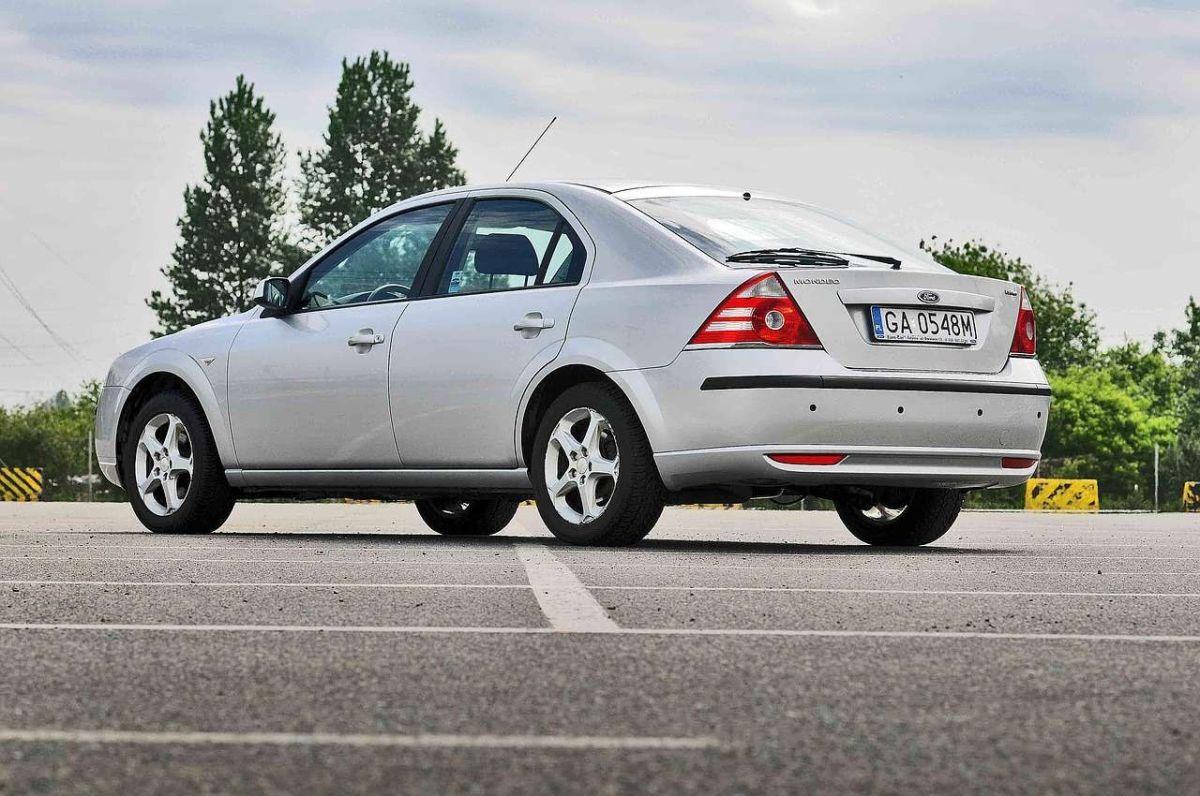Uno de cada cuatro autos en las carreteras estadounidenses tiene al menos 16 años de edad