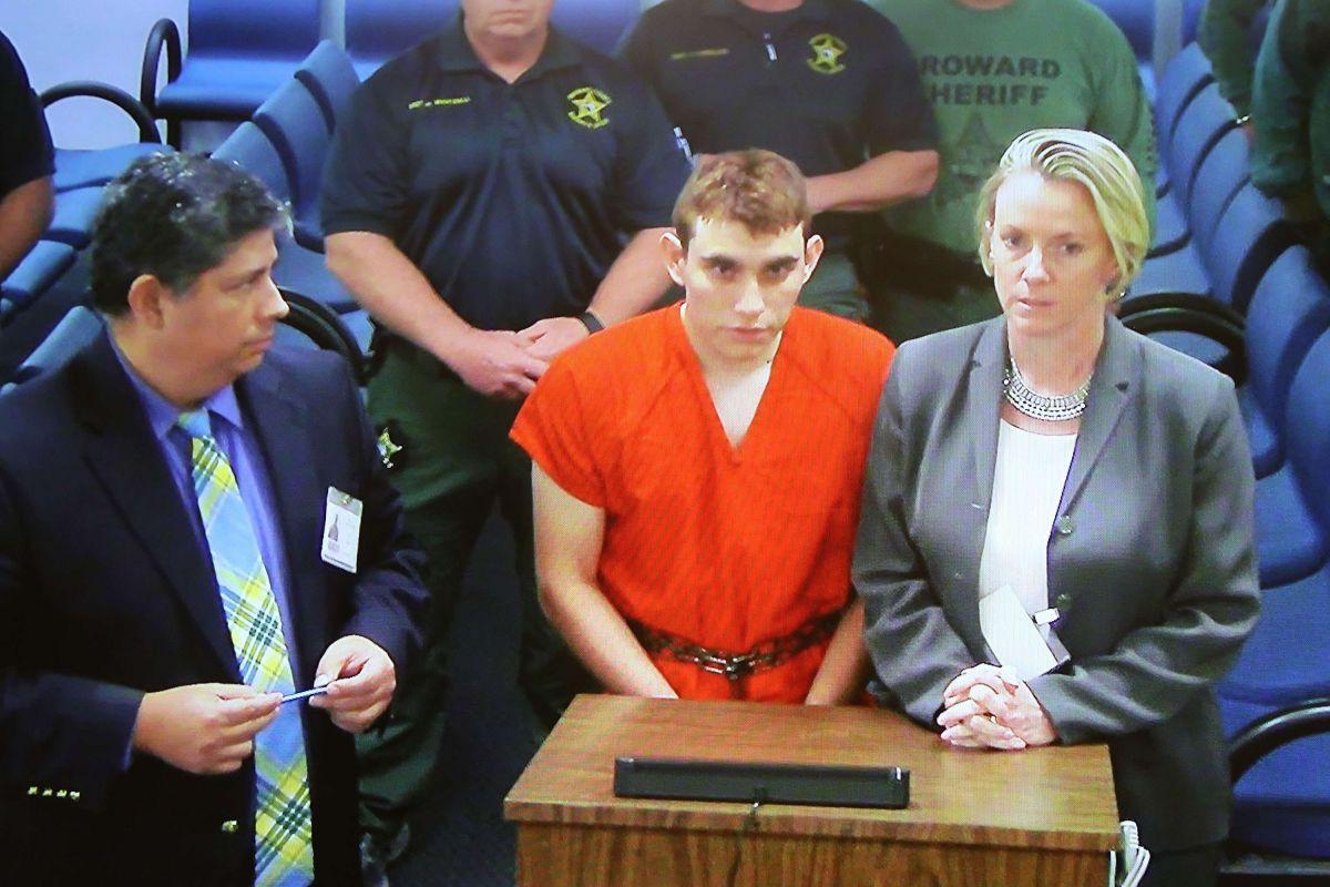 El autor de la matanza de Parkland podría quedarse sin abogado