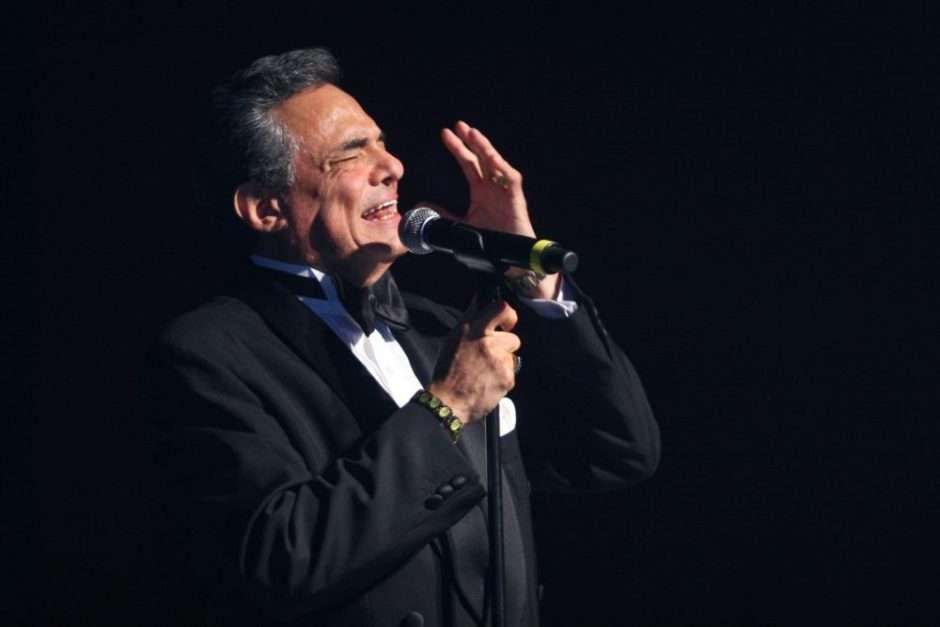 Exesposa de José Jose asegura que al cantante lo violaron sus amigos