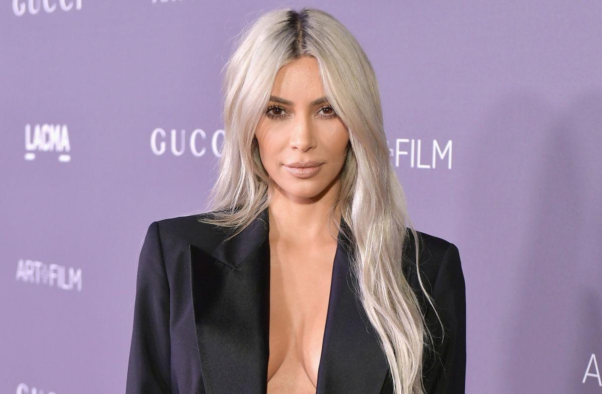 Kim Kardashian, 'socialité' y empresaria.