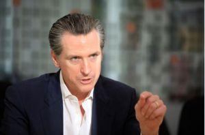 Gobernador de California advierte a inmigrantes antes de operativo de ICE anunciado por Trump