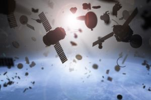 Sensores, telescopios y hasta un arpón con una red: cómo limpiar el vertedero de basura  en el espacio