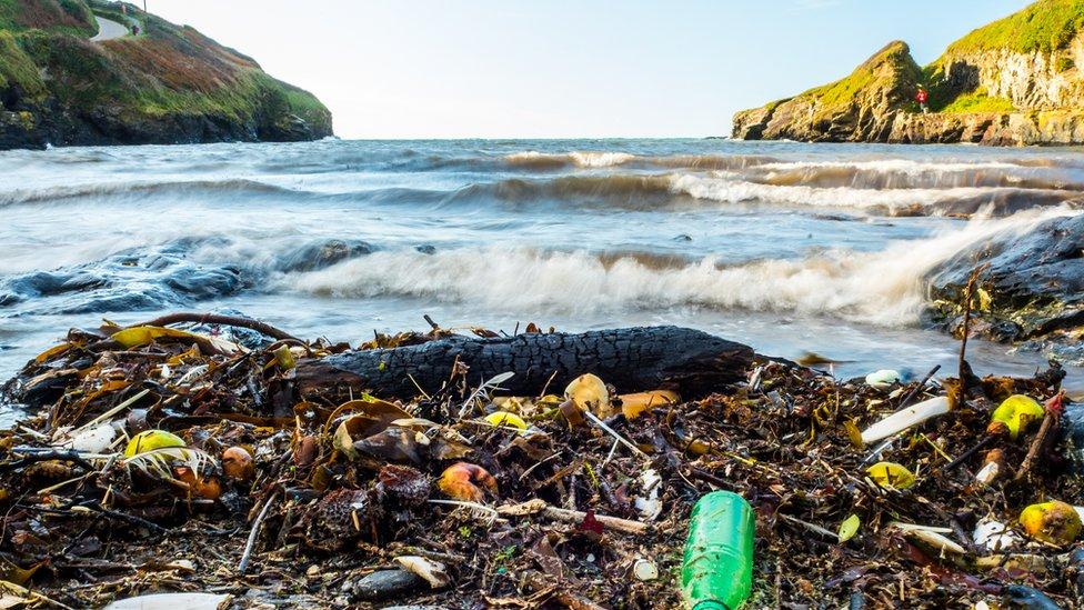 6 cosas que puedes hacer para reducir el uso de plásticos (y de paso ahorrar dinero)