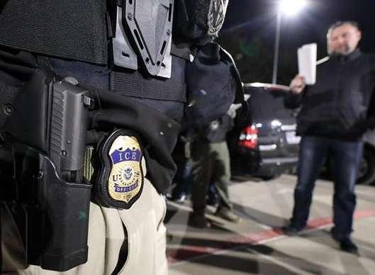 ICE mantiene su búsqueda de indocumentados en California.