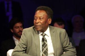 Pelé canceló su viaje a Rusia donde sería homenajeado por los 60 años de su debut