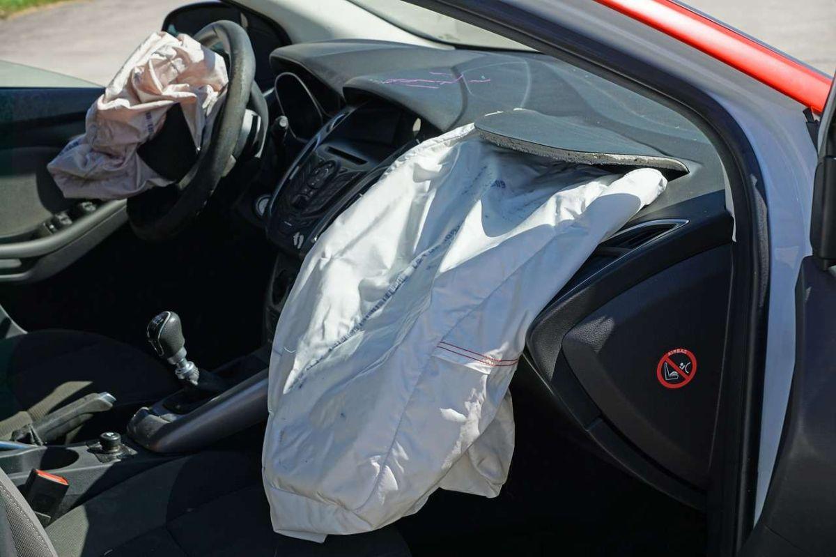 ¿Por qué se apaga la bolsa de aire de tu acompañante?