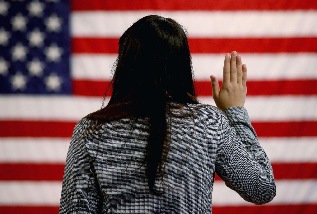 """La inmigrante que pagó $3,500 dólares para casarse y obtener su """"green card"""""""