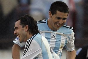 Su pasión por Boca Juniors es tal que nombró a sus hijos ¡Riquelme y Tévez!