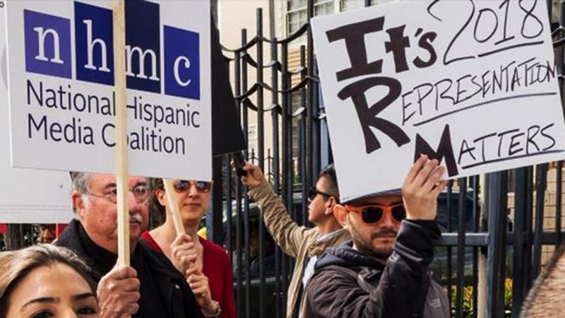 Los latinos son el 18 % de la población de EEUU y el 24 % de boletos que se venden en cines.