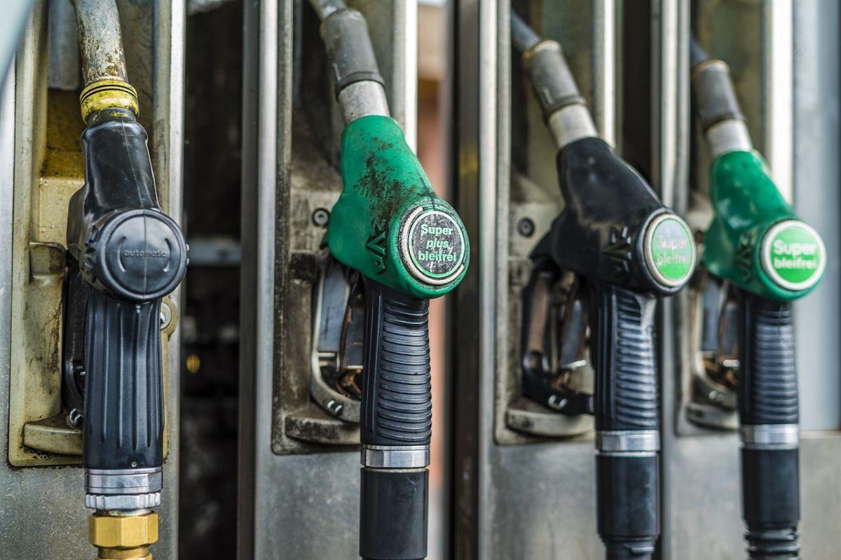 ¿Cuál es la diferencia entre los motores diésel y los motores a gasolina?