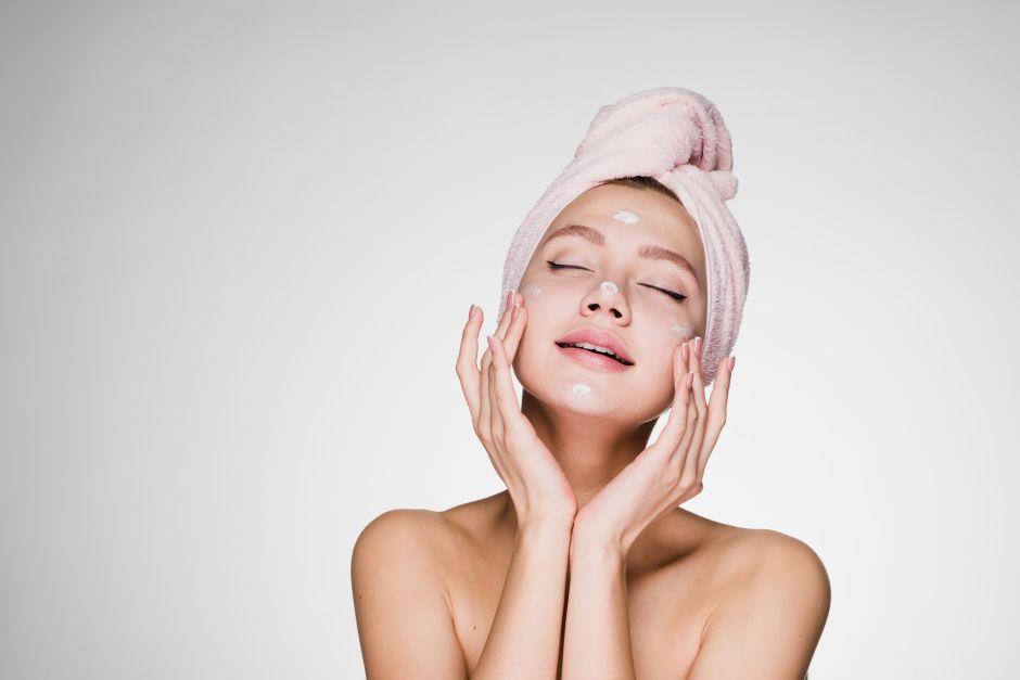 Cómo el retinol nos ayuda a tener una piel más joven