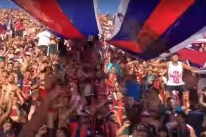 Mira cómo suena esta canción de Maluma en un estadio de fútbol en Argentina