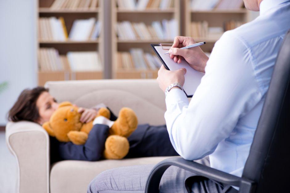 ¿Cómo saber si mi hijo necesita ir al psicólogo?