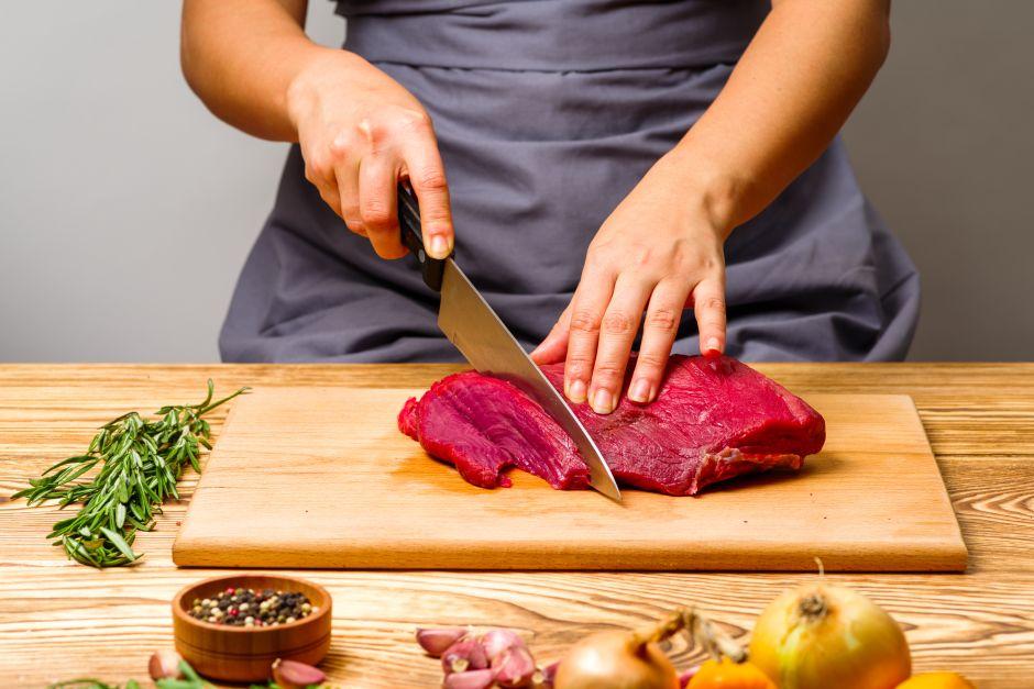 Este fin de semana, sorprende a todos con estos deliciosos rollos de carne Teriyaki