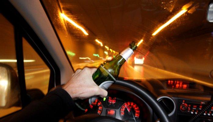 Conducir bajo una influencia tóxica puede causar accidentes y lesionados. / foto: archivo