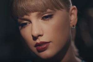 Detienen a un acosador de Taylor Swift armado con un cuchillo y munición en la puerta de su casa