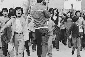 Abandonaron sus aulas y tomaron las calles: Los Ángeles conmemora 50 años de las protestas chicanas